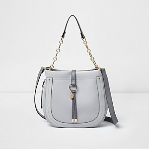 Light grey ring front scoop slouch chain bag