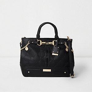 Zwarte handtas met RI in reliëf en ketting