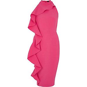 Robe moulante rose sans manches à volants