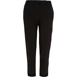 Black step hem cigarette trousers