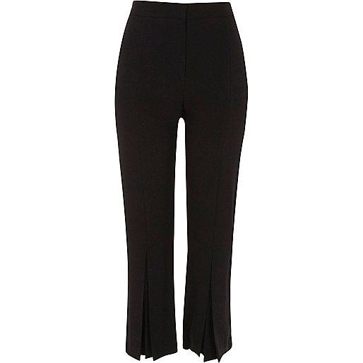Black pleated hem straight cropped pants