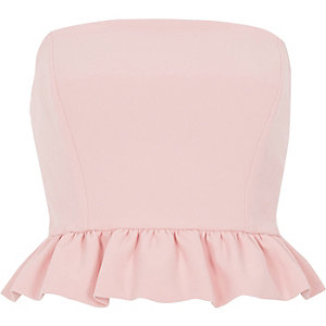 Crop top bandeau rose à volants