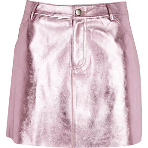 Pink metallic faux leather mini skirt