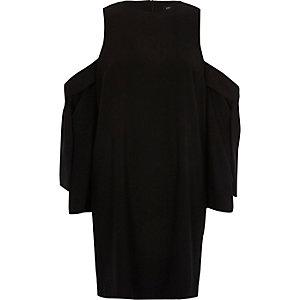 Robe noire à épaules dénudées et manches nouées