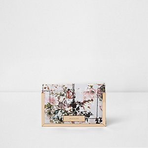 Cream floral print passport holder