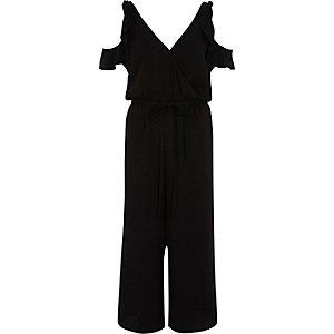 Combinaison jupe-culotte à volants et épaules dénudées