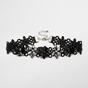 Ras-de-cou en dentelle noir avec fleurs en relief