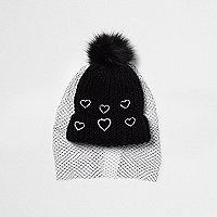 Black heart embellished net veil bobble hat