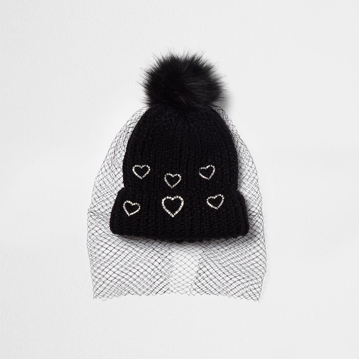 Bonnet noir à cœurs avec pompon et voile en résille