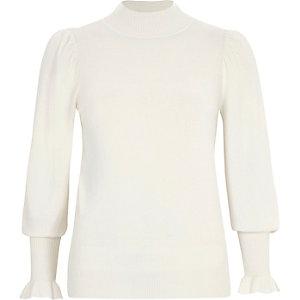 Hochgeschlossener Pullover mit Puffärmeln in Creme