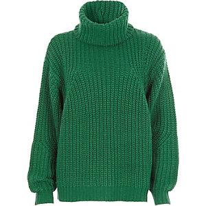 Grüner Rollkragenpullover aus Grobstrick