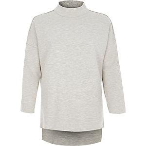 Lichtgrijze sweater met col
