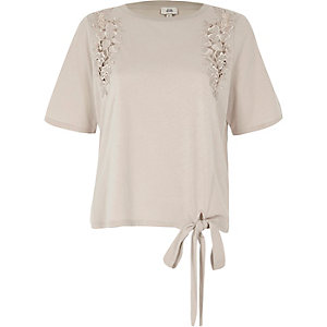 Cream floral applique tie hem T-shirt