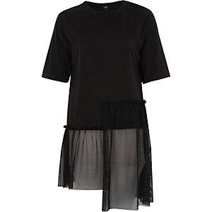 Zwart lang T-shirt van mesh met ongelijke zoom