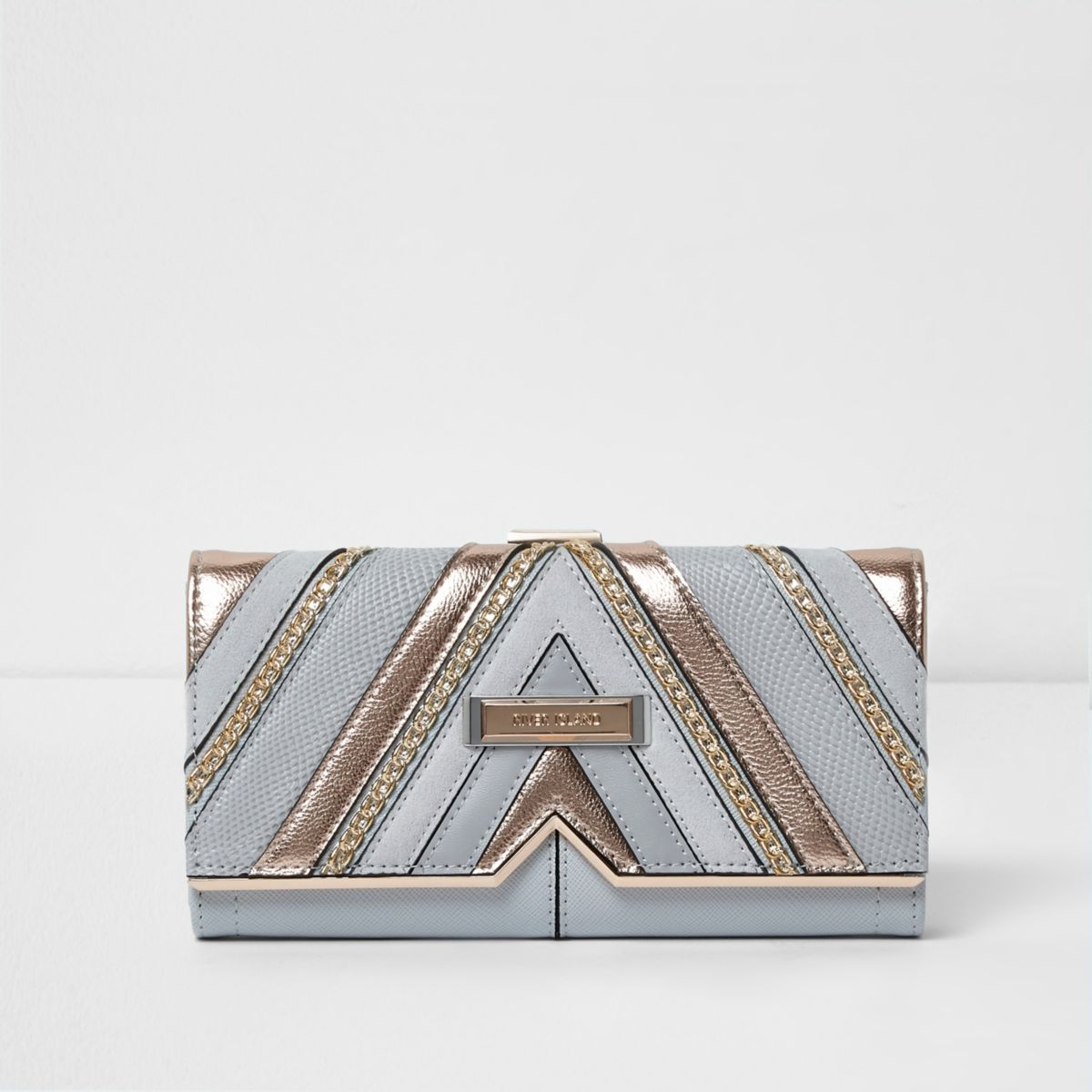 Light grey metallic cutabout foldout purse