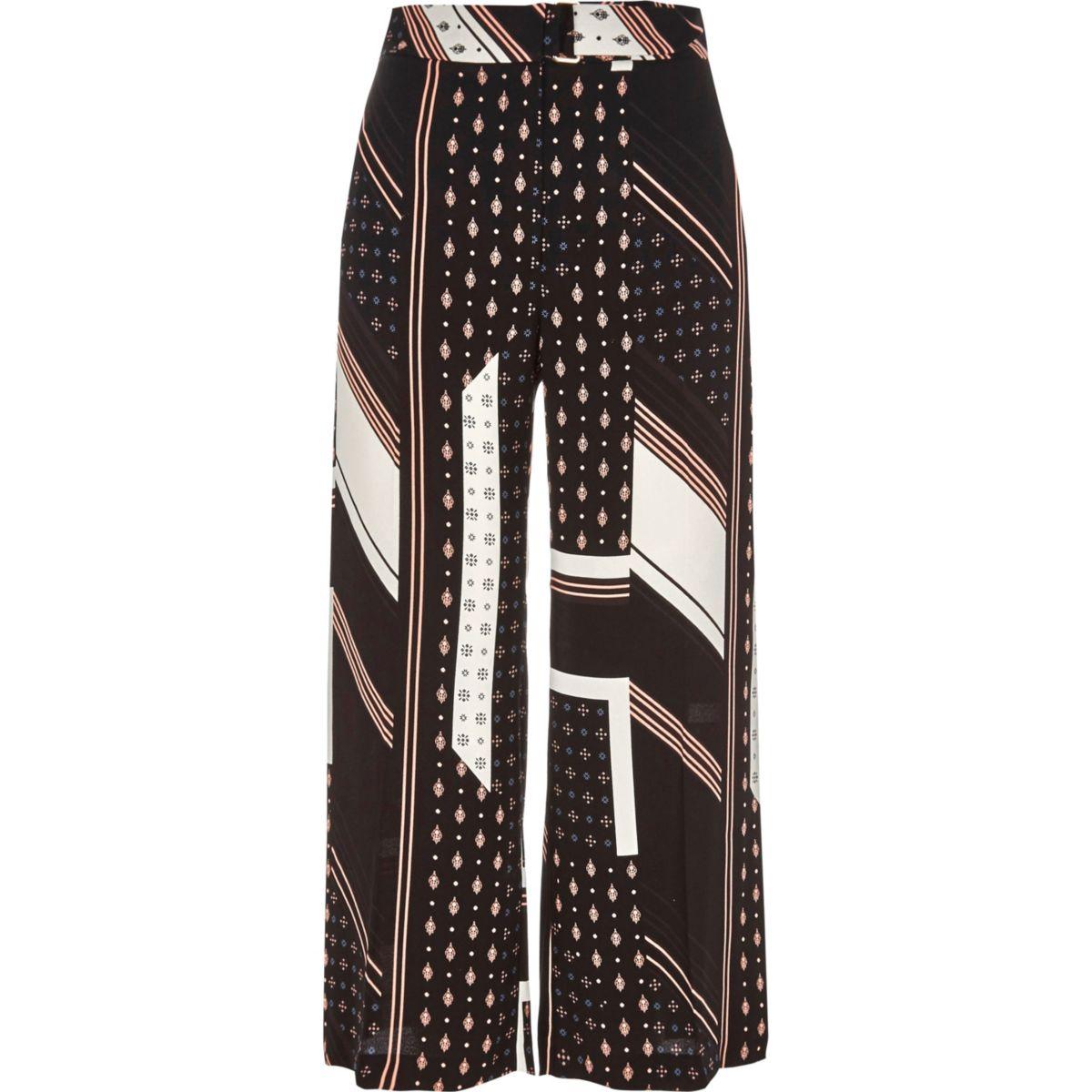 Schwarzer Hosenrock mit Kachelmuster und Streifen