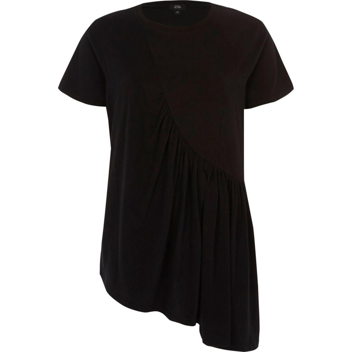 Zwart asymmetrisch T-shirt met rimpeling