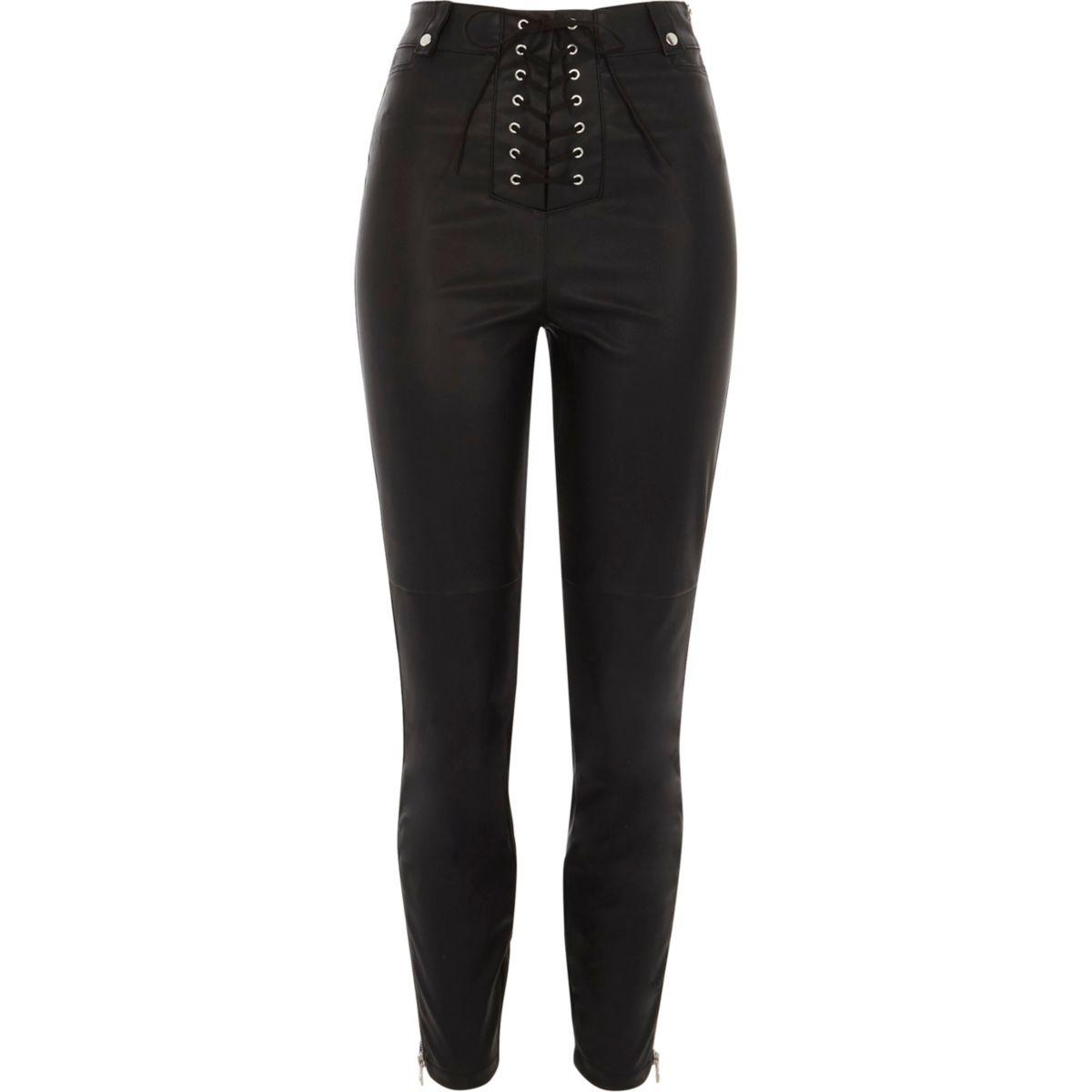 Pantalon skinny imitation cuir noir à lacets