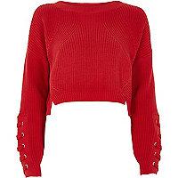 Roter Pullover mit Schnürung