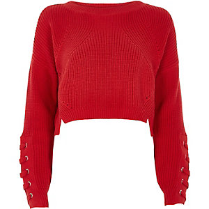 Rode cropped pullover met oogjes en veters