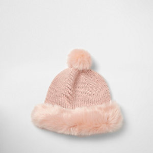Light pink faux fur trim beanie hat