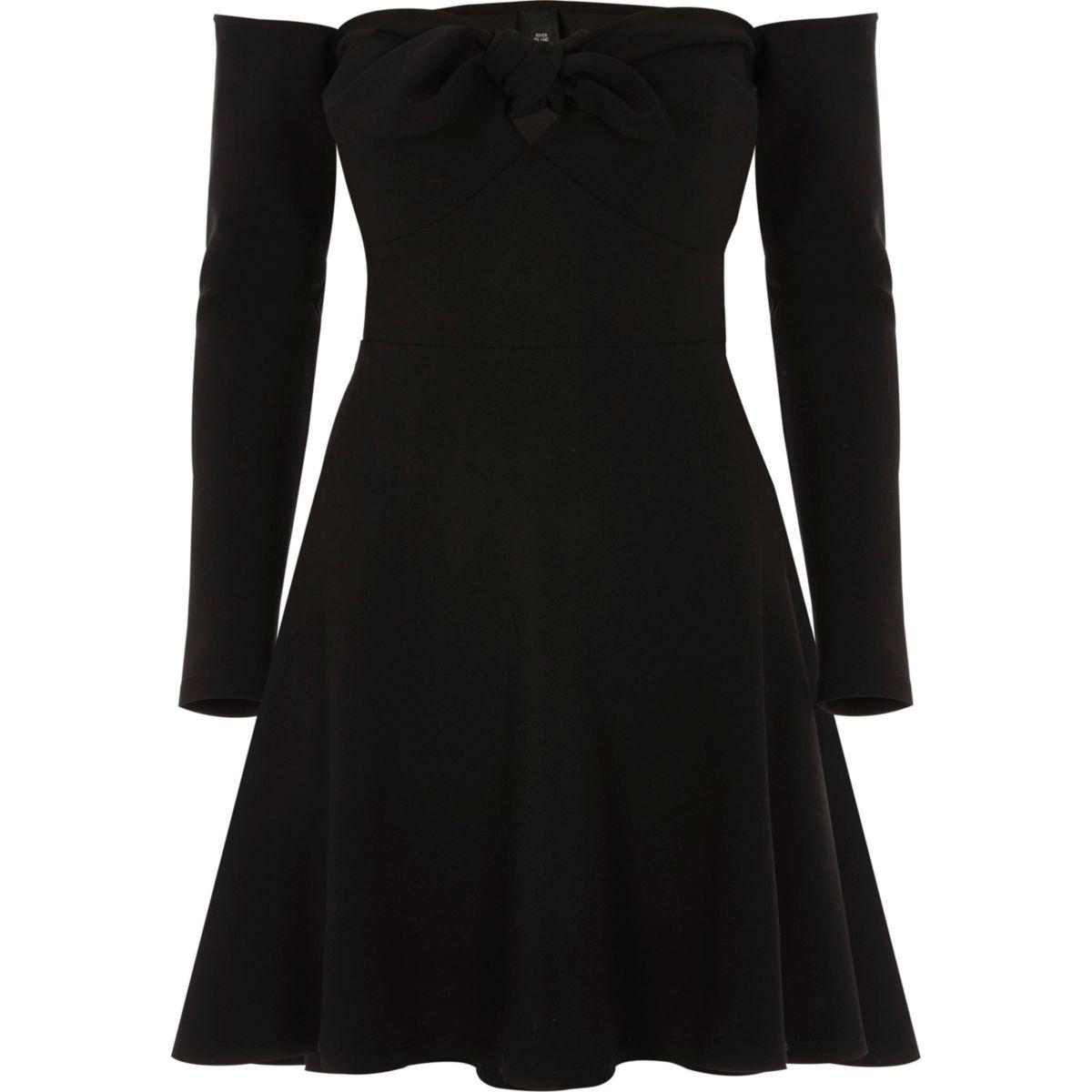 Schwarzes, langärmliges Bardot-Skater-Kleid