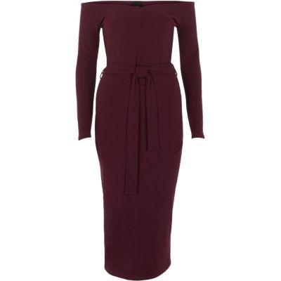 River Island Bordeauxrode midi-jurk met bardothalslijn en strikceintuur