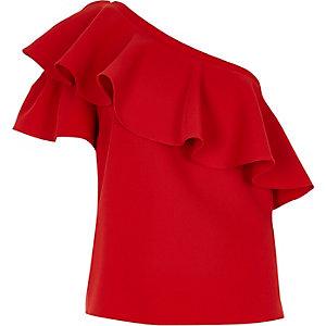 Rode top met blote schouder en ruches