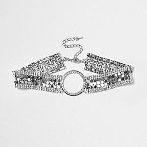 Silver tone chainmail circle choker