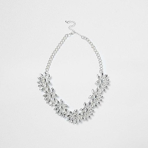 Silver tone floral jewel necklace