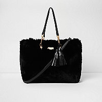Black faux fur front tassel large tote bag