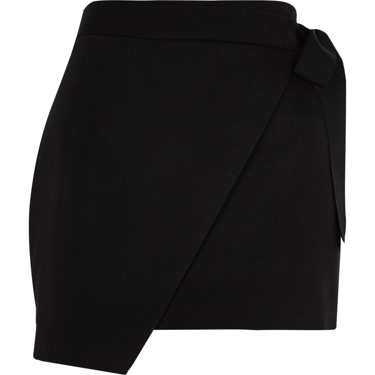 Black structured wrap front skort
