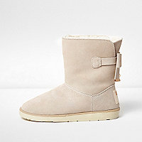 Beige bow back faux fur lined ankle boots