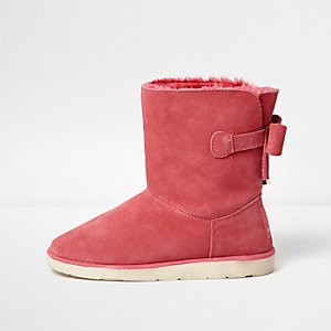 Pink bow back faux fur lined ankle boots