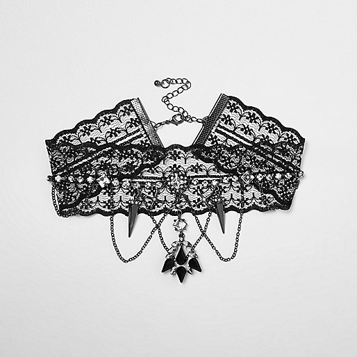 Black lace drape chain choker