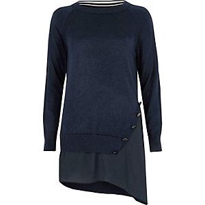 Marineblauer, asymmetrischer Pullover mit Stufensaum