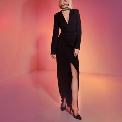 River Island RI Studio - Zwarte verfraaiede maxi-jurk met choker