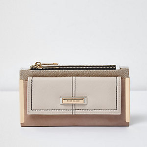 Beige front pocket foldout purse