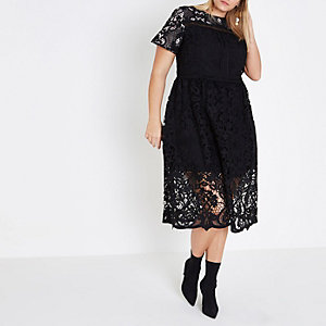 RI Plus - Zwarte A-lijn midi-jurk met kanten rand