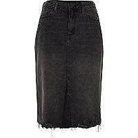 Jupe crayon en jean noir usé à ourlet fendu