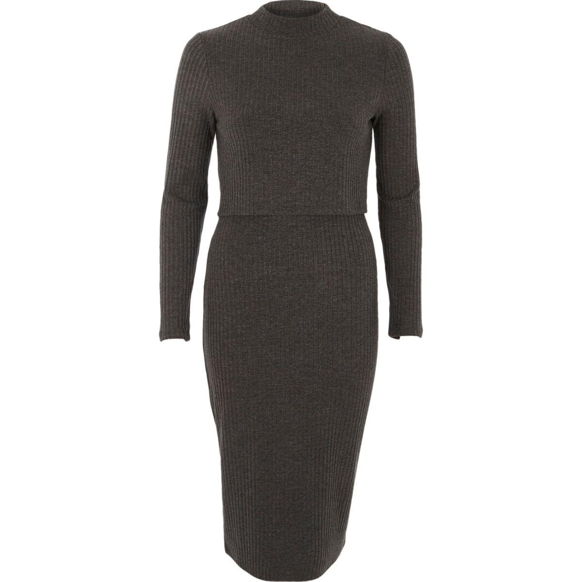 Donkergrijze geribbelde midi-jurk met lagen en hoge halslijn