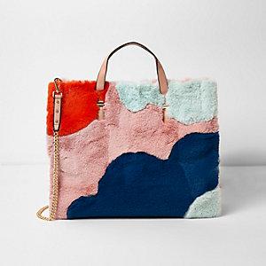 Pinke Oversized Tote Bag aus Kunstfell