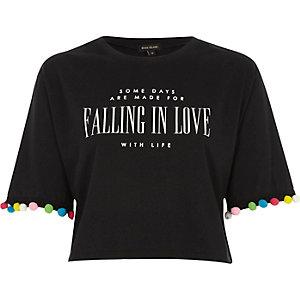 Zwart T-shirt met 'Falling in love'-print