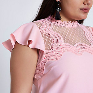 Plus pink crochet scallop frill shell top