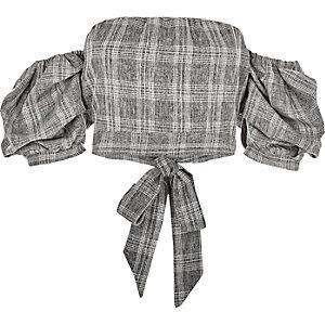 Crop top Bardot à carreaux gris avec manches bouffantes