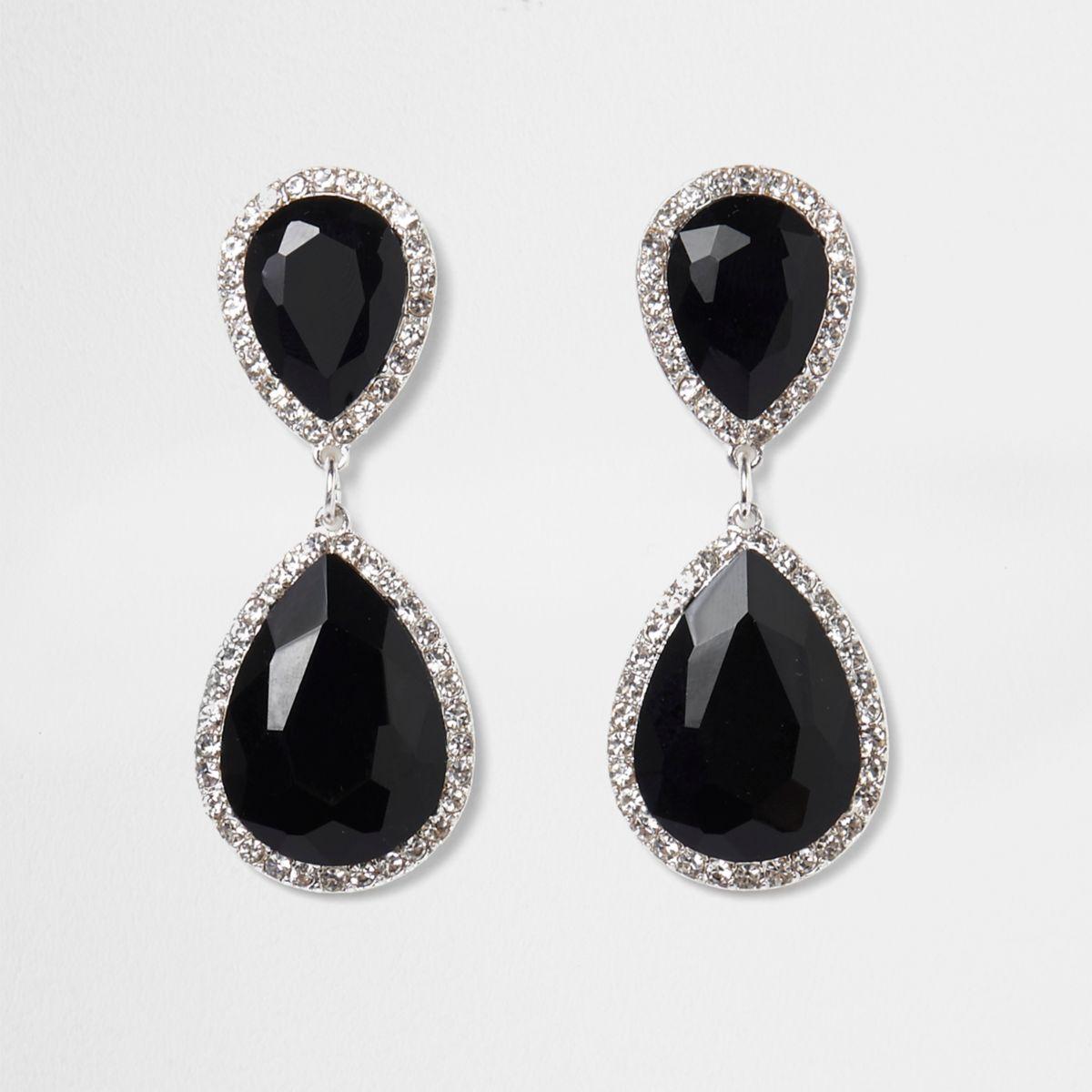 Schwarze Ohrringe mit tropfenförmigen Kristall-Anhängern