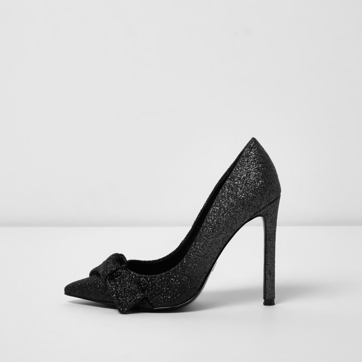 Black ombre glitter knot front pumps