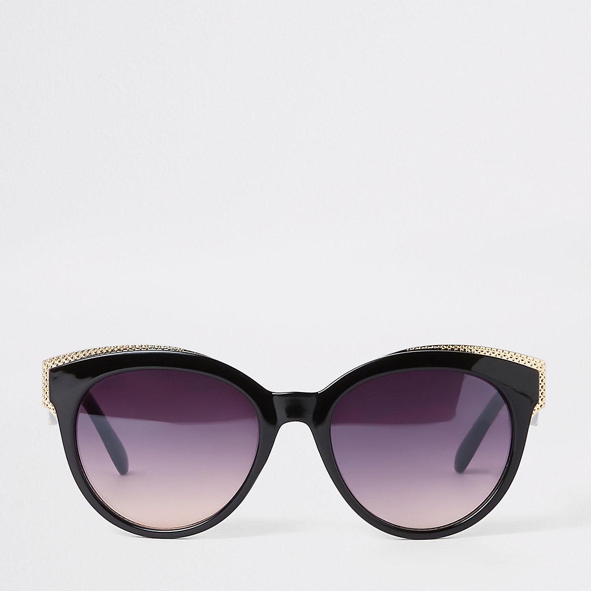 Black and gold tone cat eye sunglasses