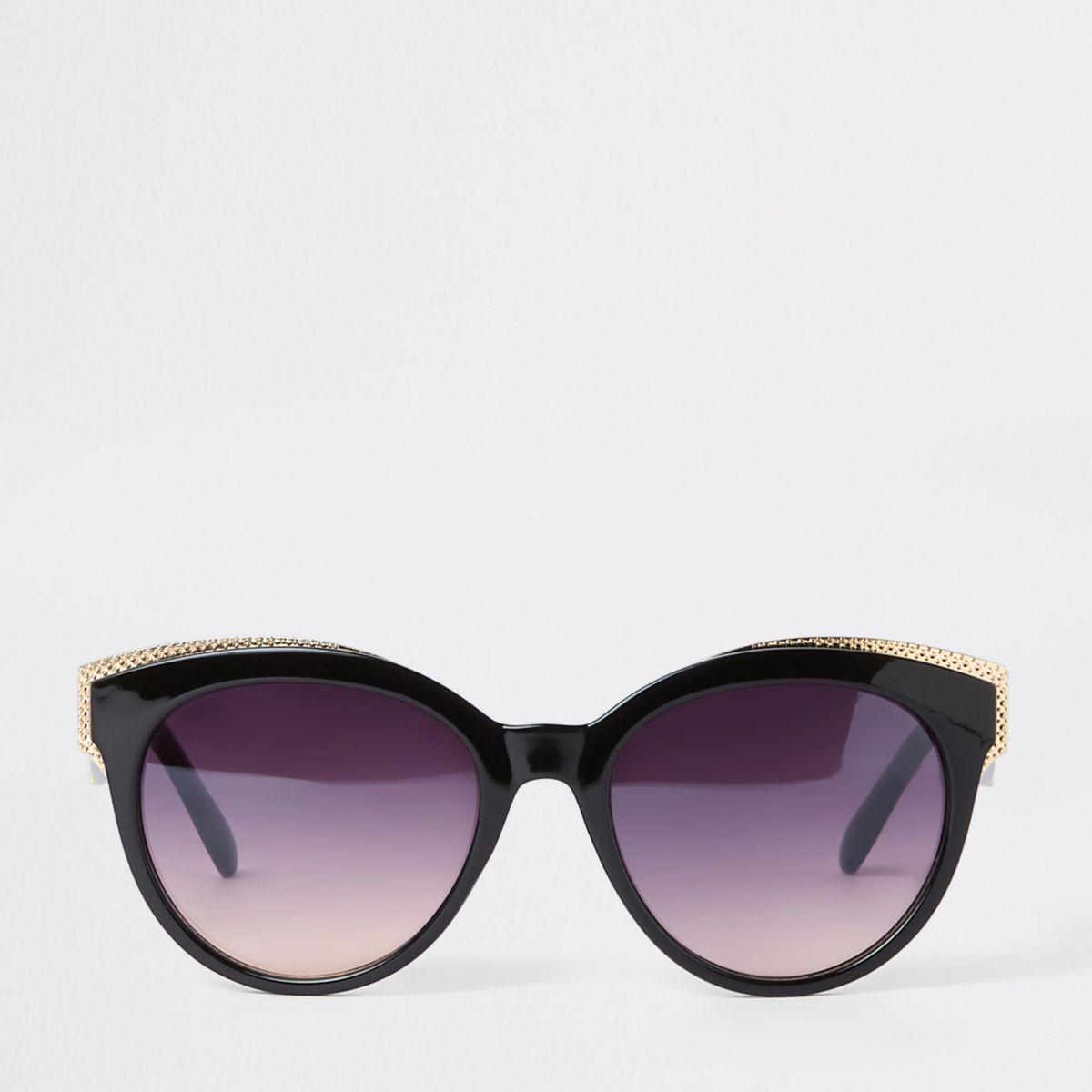 Zwart met goudkleurige cat-eye-zonnebril