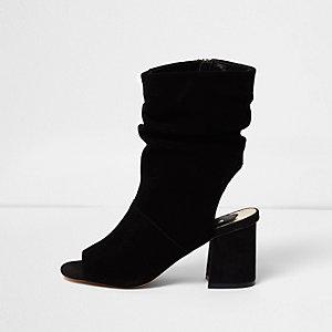 Zwarte suède gerimpelde laarzen